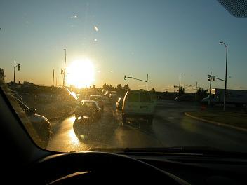 photo 1 - sun glare obscuring traffic signal