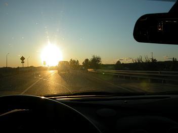 photo 4 - sun glare obscuring traffic signal